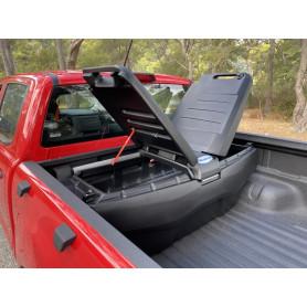 Toolbox of Dumpster Mazda BT 50 - Aeroklas