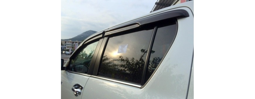 Toyota Hilux deflectors